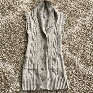 Super soft sleeveless duster sweater- sz XS